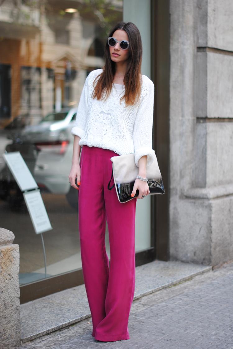 луки с розовыми брюками