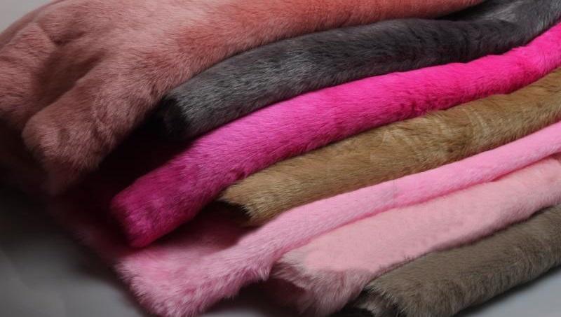 Как ухаживать за одеждой правильно? Шелк, кашемир, шерсть, трикотаж, мех, кожа и замша!