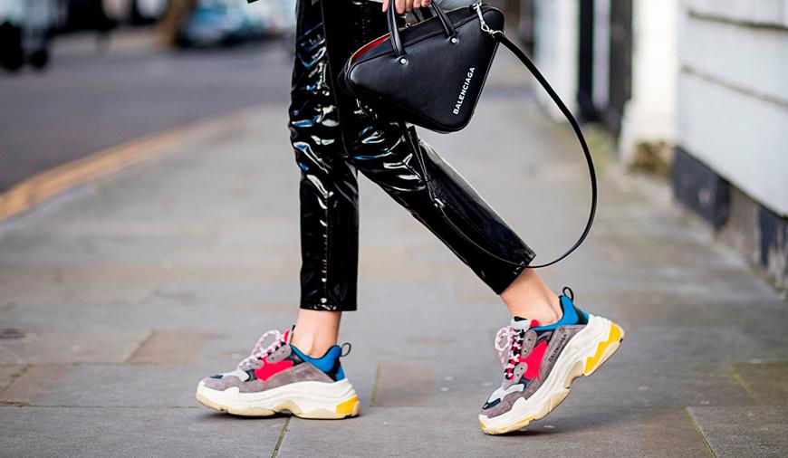 50f0e8a5 Папины кроссовки. С чем носить ugly sneakers? / Школа Шопинга