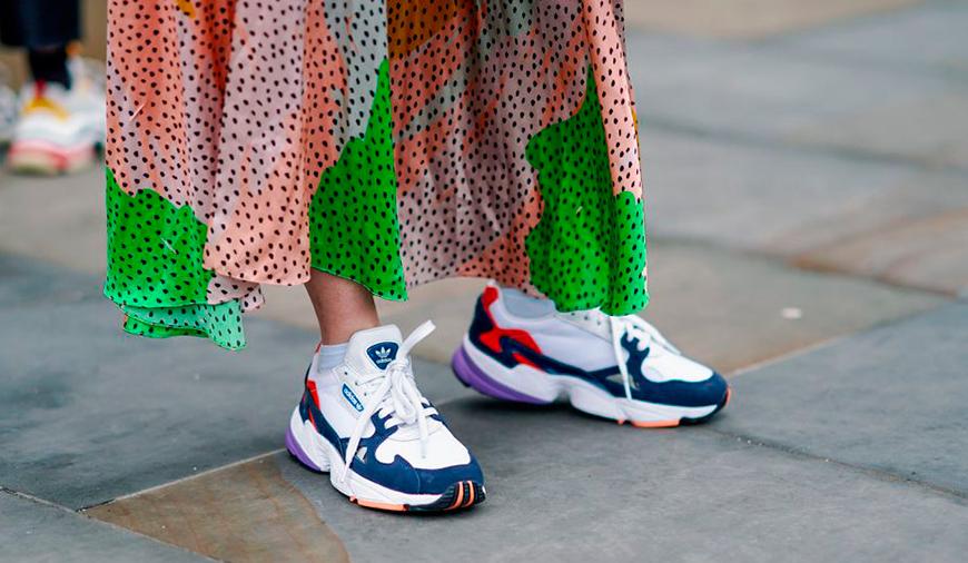 Модные женские кроссовки 2020: тренды, новинки, фото / Школа Шопинга